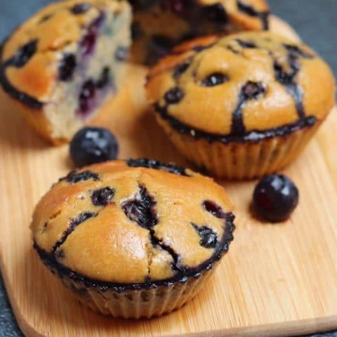 Muffins à la farine de patate douce et aux myrtilles